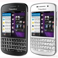 BlackBerry Q10: mua hàng xách tay hay hơn chính hãng.