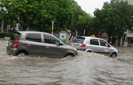 Cần bảo dưỡng gì khi xe thường xuyên ngâm nước?